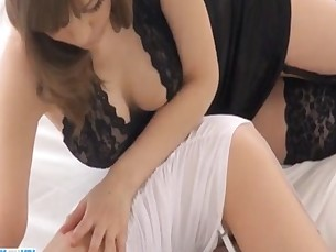 asian,woman,mini,japanese,kissing
