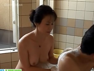 asian,woman,japanese,mature,blowjob