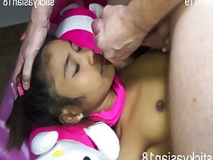 cumshot,asian,woman,thailand,blowjob
