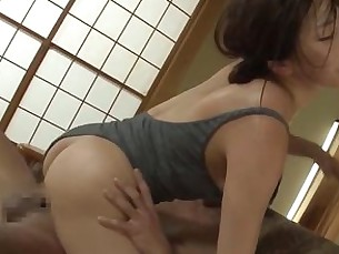 babe,asian,japanese,riding