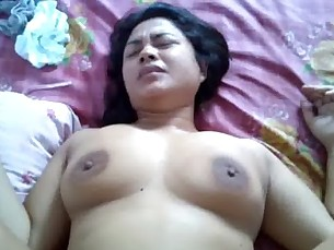 hairy,indonesian,woman,asian
